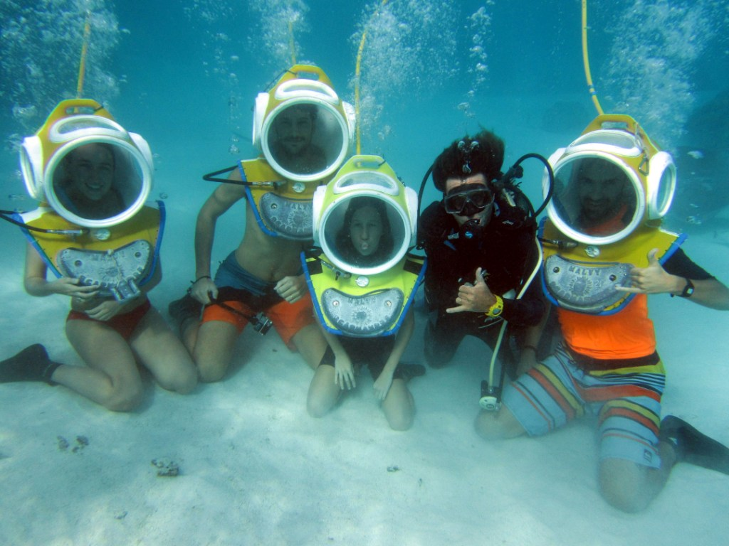 https://tahititourisme.kr/wp-content/uploads/2017/08/ACTIVITES-NAUTIQUES-Aquablue-2.jpg