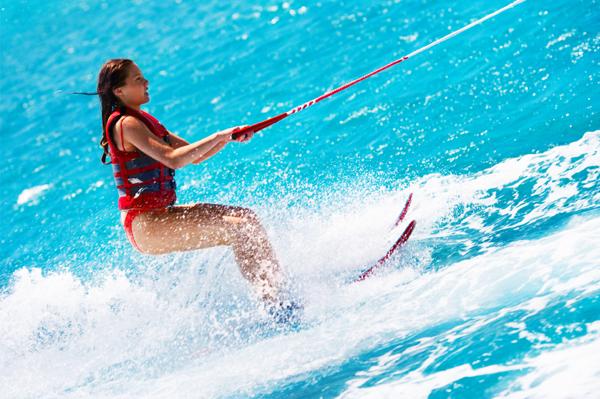 https://tahititourisme.kr/wp-content/uploads/2017/08/ACTIVITES-NAUTIQUES-Tahiti-WaterSports-Center-3.jpg