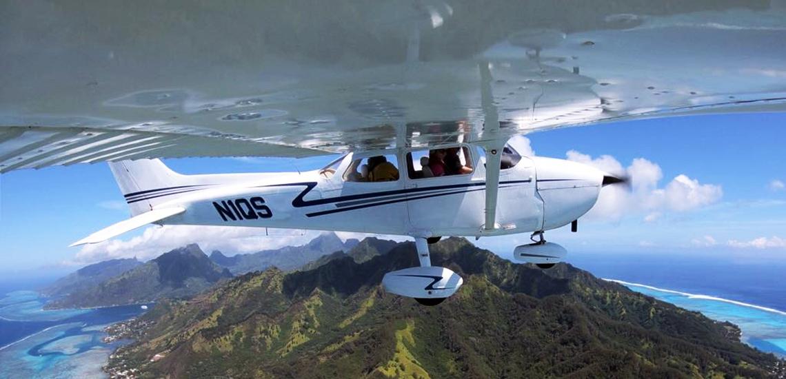 https://tahititourisme.kr/wp-content/uploads/2017/08/C3P-Cessna-above-Moorea.jpg