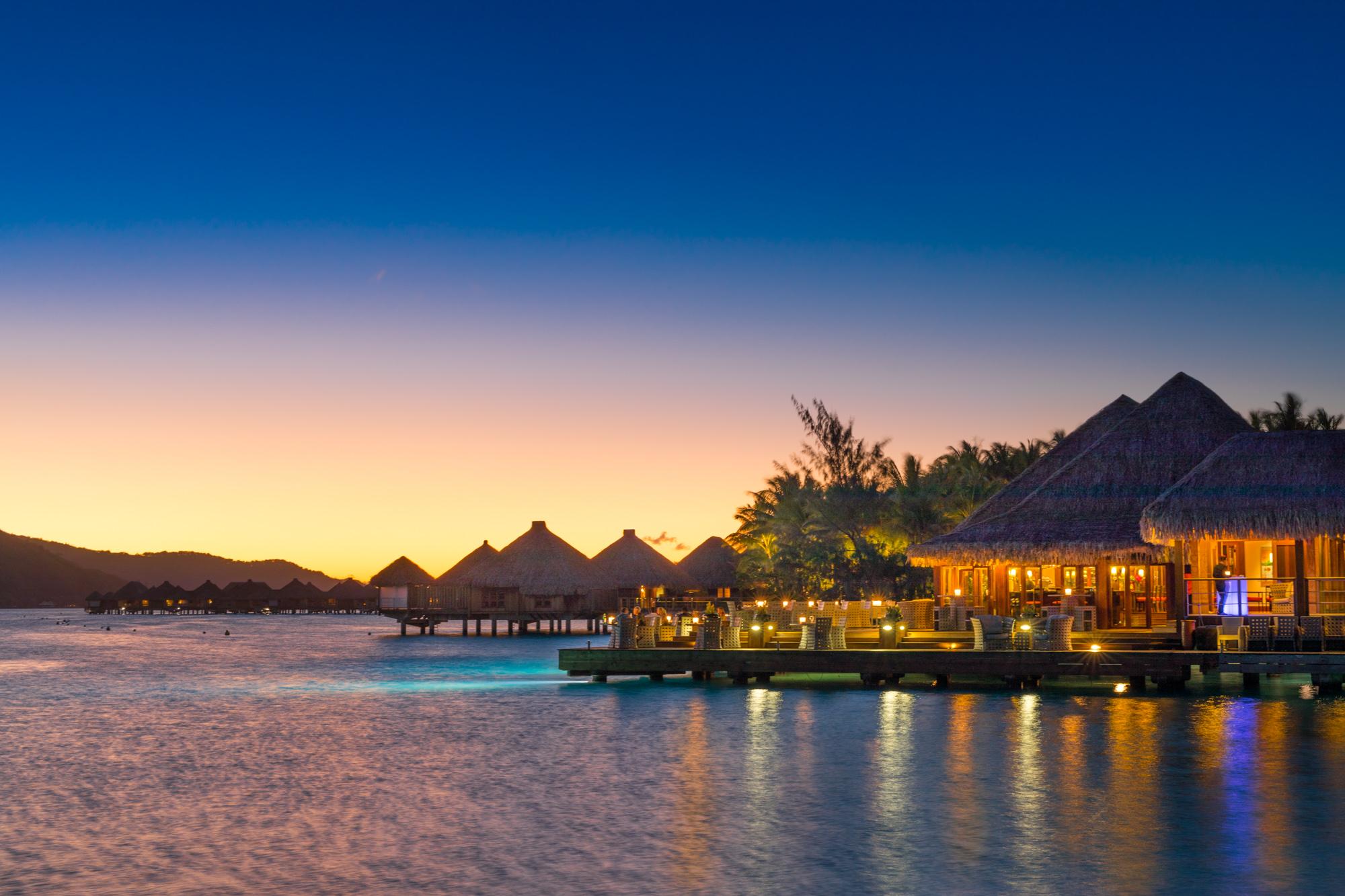 https://tahititourisme.kr/wp-content/uploads/2017/08/Lagoon-Restaurant.jpg