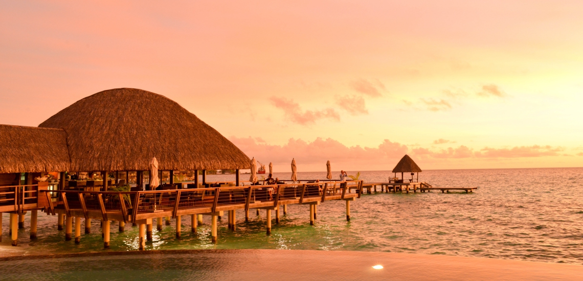 https://tahititourisme.kr/wp-content/uploads/2018/01/FRNT_44_Sunset.jpg