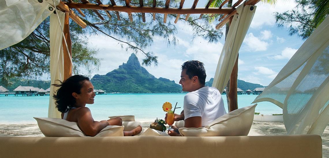 https://tahititourisme.kr/wp-content/uploads/2018/01/intercontinental-bora-bora-resort-thalasso-spa-sun-bed_16095174109_o-1.jpg