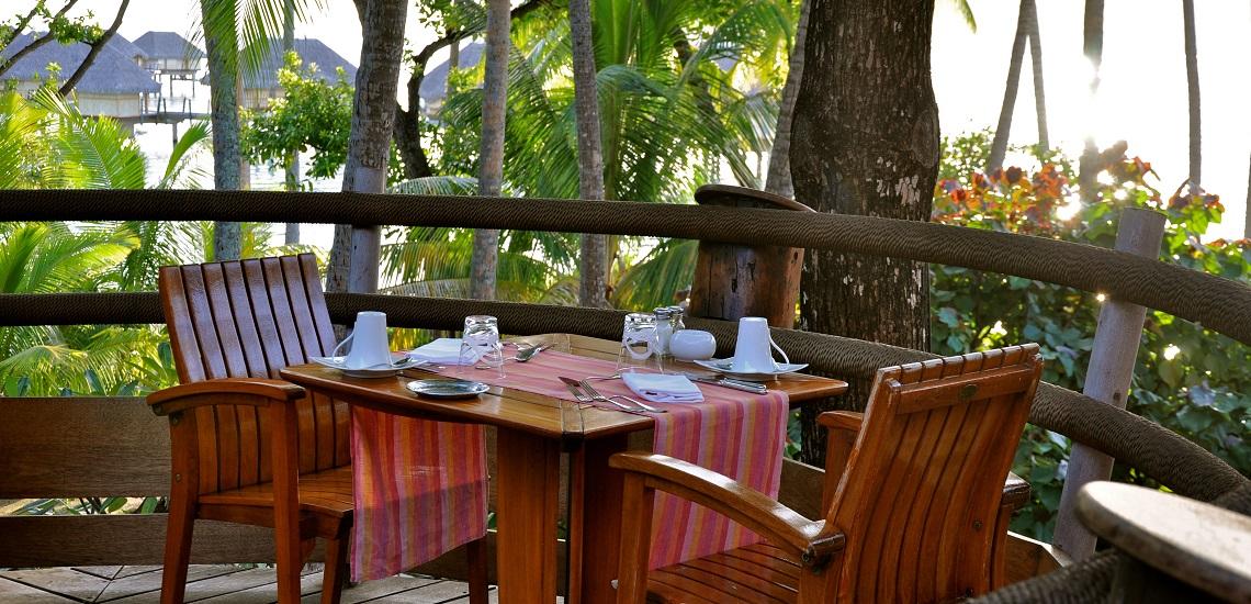 https://tahititourisme.kr/wp-content/uploads/2018/11/Le-Vanille-Restaurant.jpg