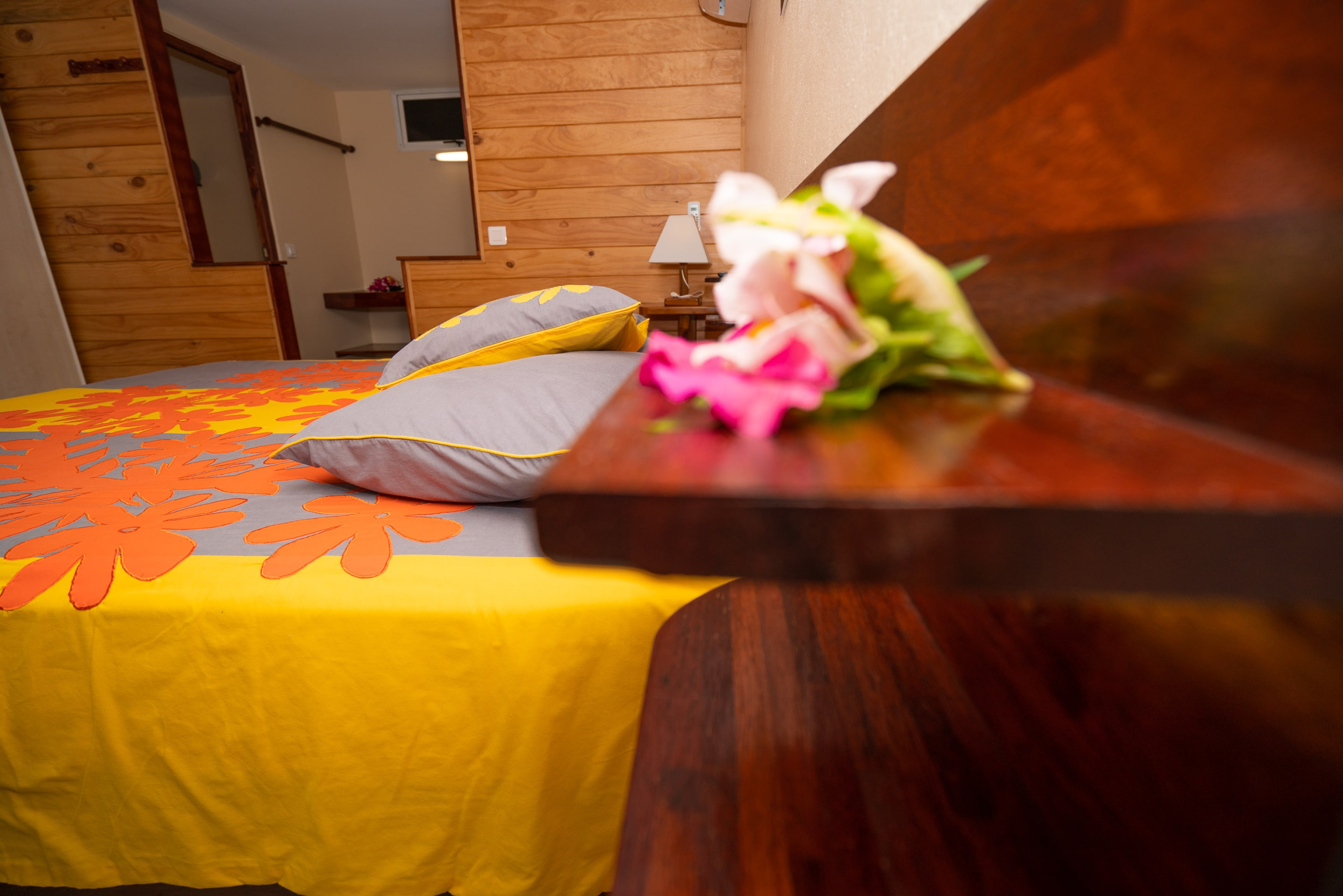 https://tahititourisme.kr/wp-content/uploads/2019/03/Bora-Holiday-Lodge-Superior-room-24-min.jpg