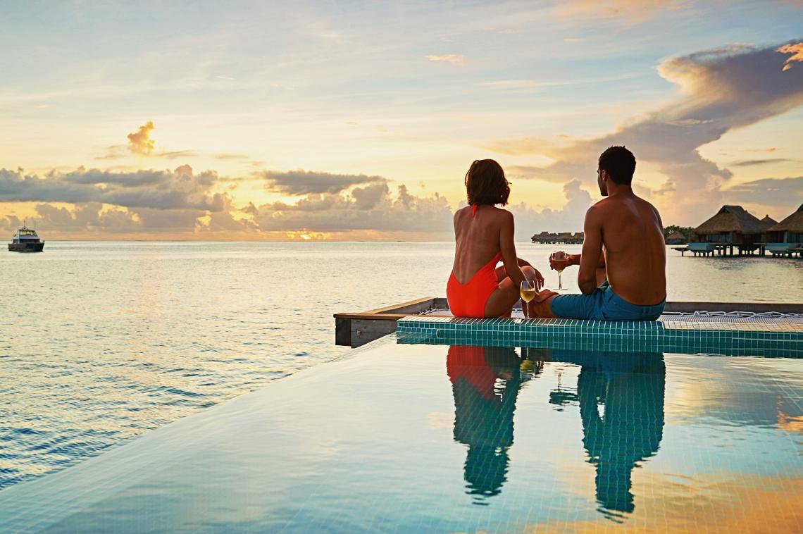 https://tahititourisme.kr/wp-content/uploads/2020/01/Conrad-Bora-Bora-Nui-Villa-Pool-Overwater-Villa-4-1.jpg