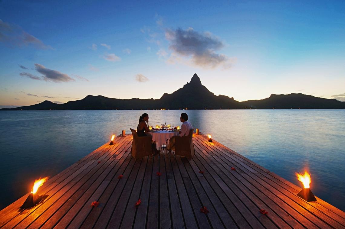 https://tahititourisme.kr/wp-content/uploads/2020/01/Romantic-dinner-1.jpg