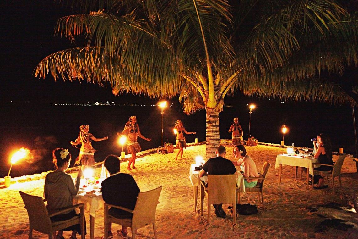 https://tahititourisme.kr/wp-content/uploads/2020/01/Romantic-dinner-HD-GLB-1.jpg