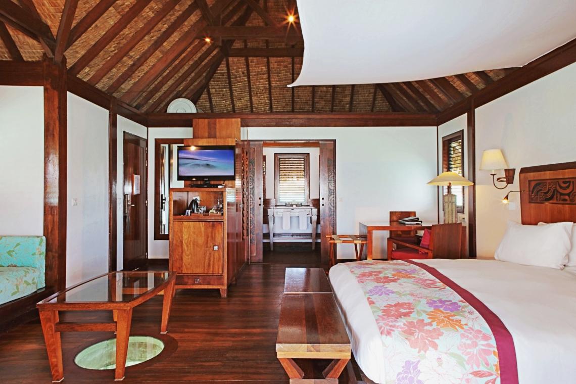 https://tahititourisme.kr/wp-content/uploads/2020/01/Sofitel-Bora-Bora-Private-Island-Luxury-Overwater-Bungalow-1.jpg