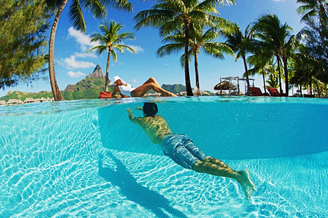 https://tahititourisme.kr/wp-content/uploads/2020/01/Swimming-pool2-1.jpg