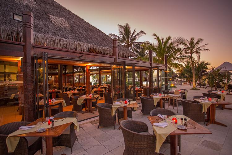 https://tahititourisme.kr/wp-content/uploads/2020/02/manavabeachresortmoorea_restaurant_1_credit_photo_charles_veronese.jpg