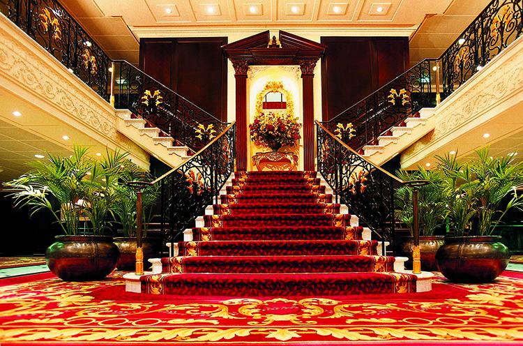 https://tahititourisme.kr/wp-content/uploads/2020/02/rClass-Graind-Staircase.jpg