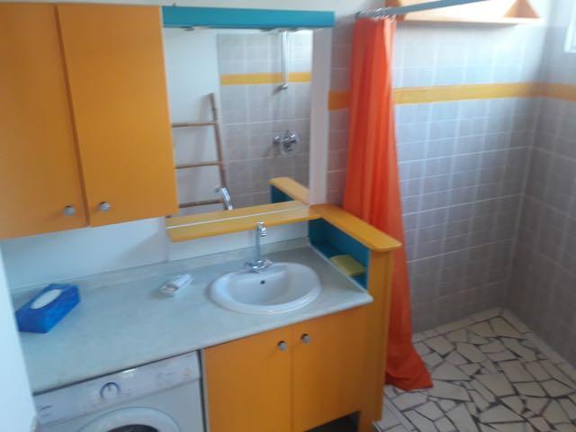 https://tahititourisme.kr/wp-content/uploads/2021/09/bathroom.jpg